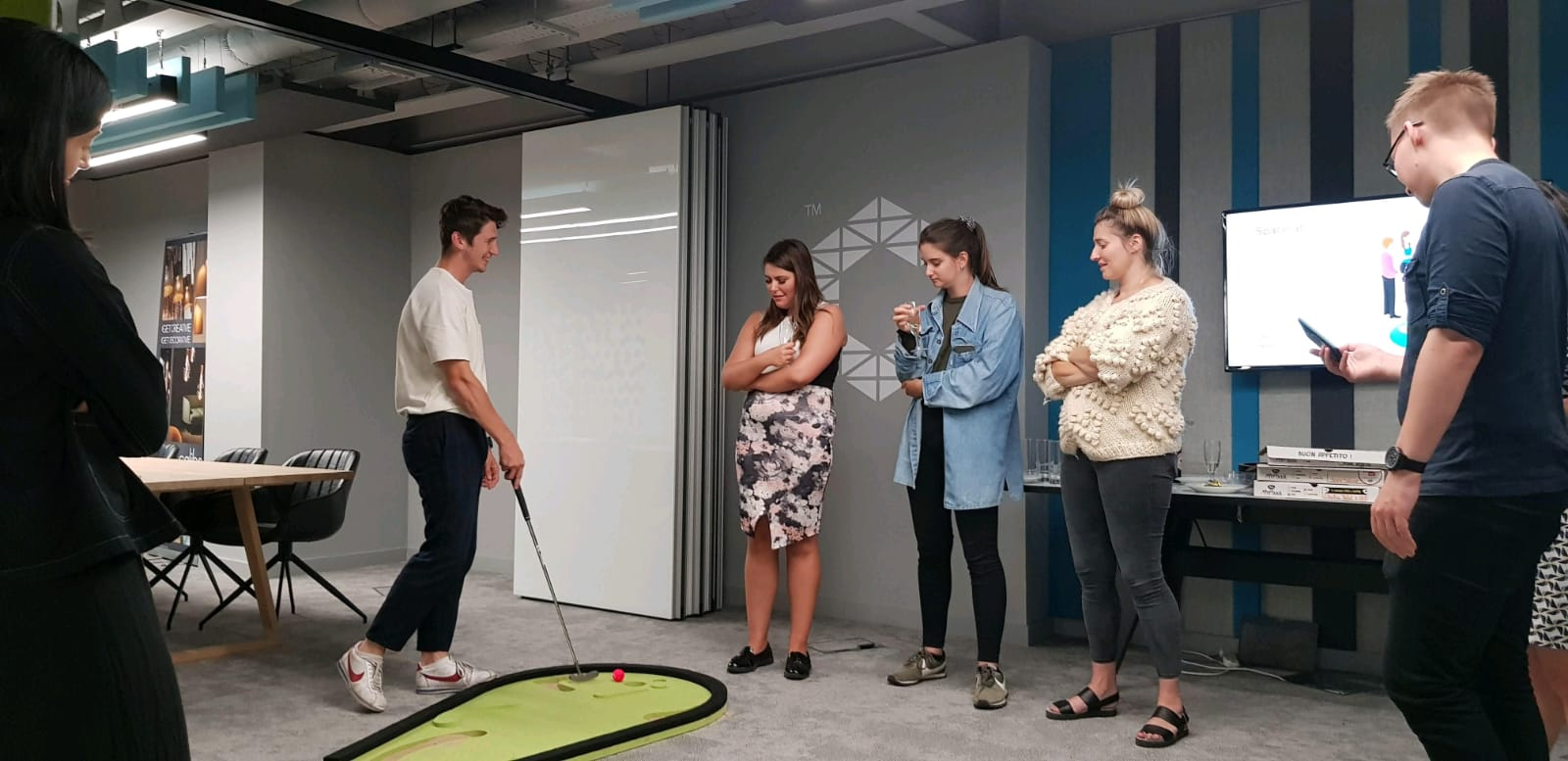 Accolade Office Golf