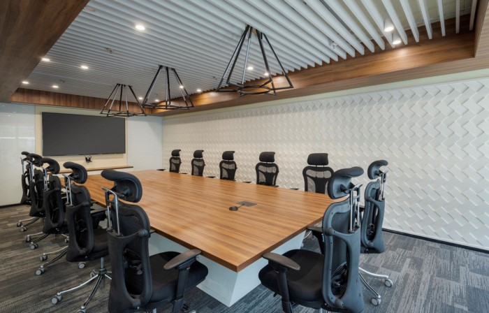 Accolade Veneer Boardroom with Ceiling Baffles